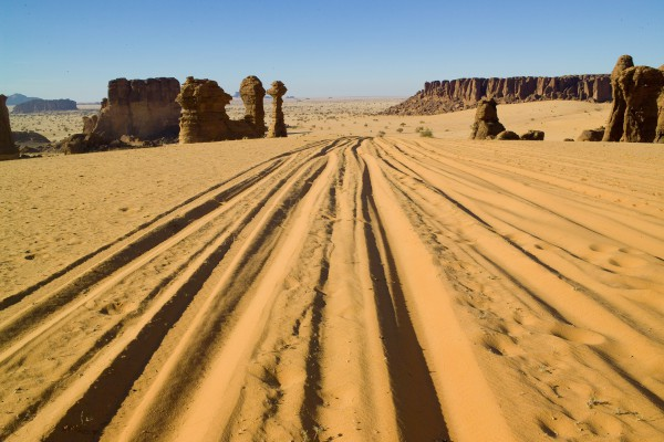 Spuren in der Sandwüste, Algerien