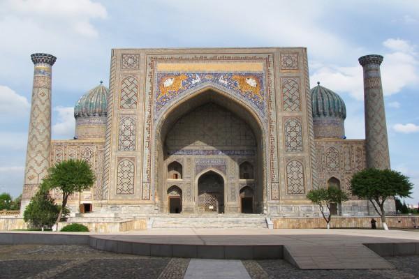Minaret von Registan, Samarkand, Uzbekistan