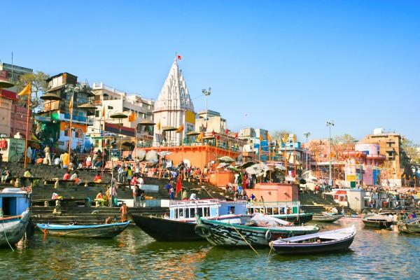 Fluss Ganges, Uttar Pradesh in Varanasi, Indien