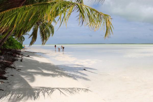 Tropische Lagune auf Kiribati, Mikronesien