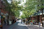 Shopping und Restaurants in Salem
